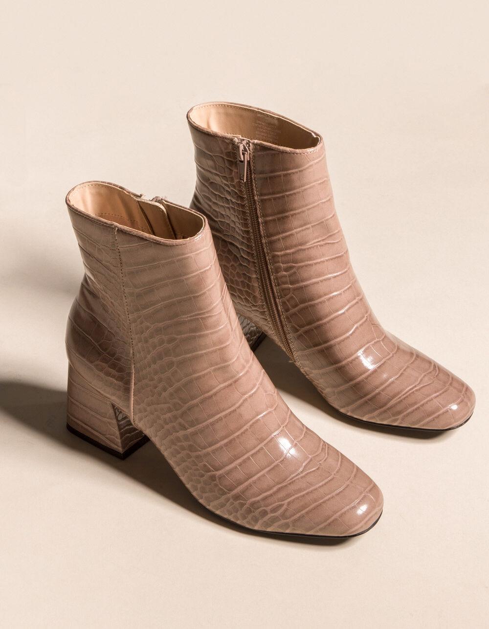 STEVE MADDEN Davist Tan Croc Boots