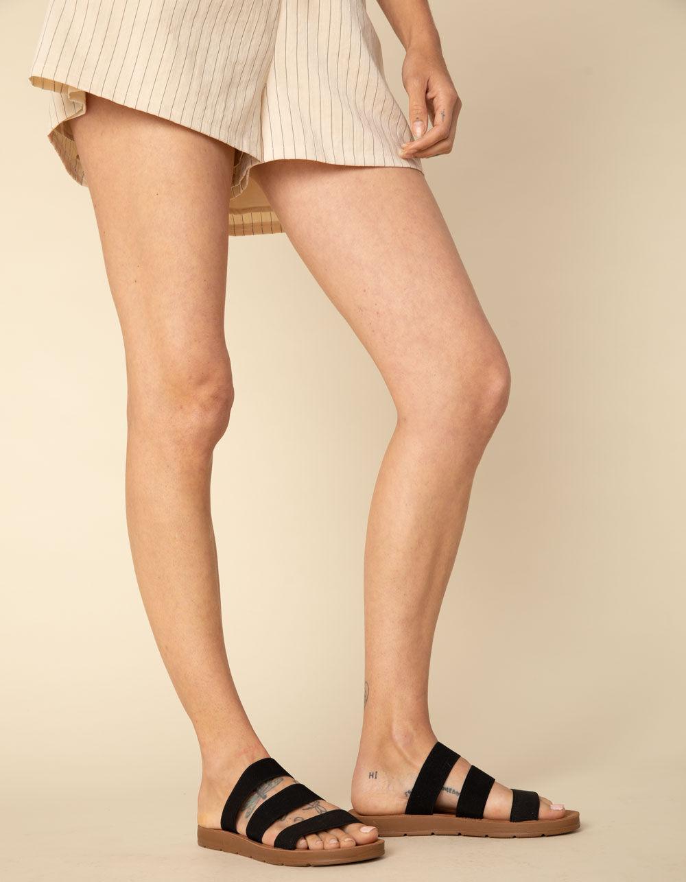 STEVE MADDEN Pascale Black Sandals