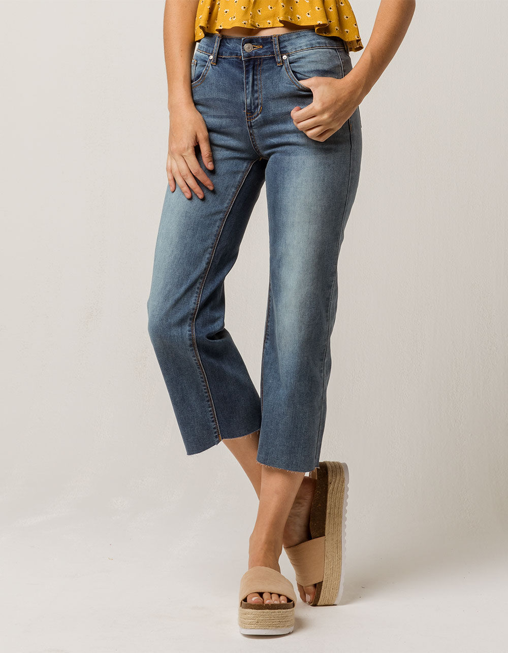 SKY AND SPARROW Fray Wide Leg Crop Jeans