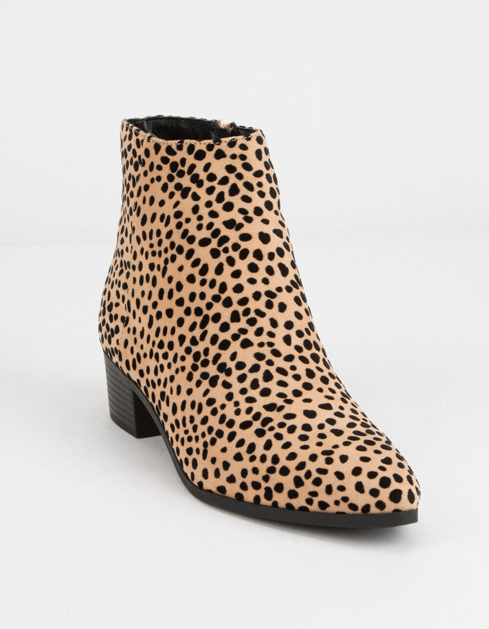 CITY CLASSIFIED Point Toe Cheetah Booties