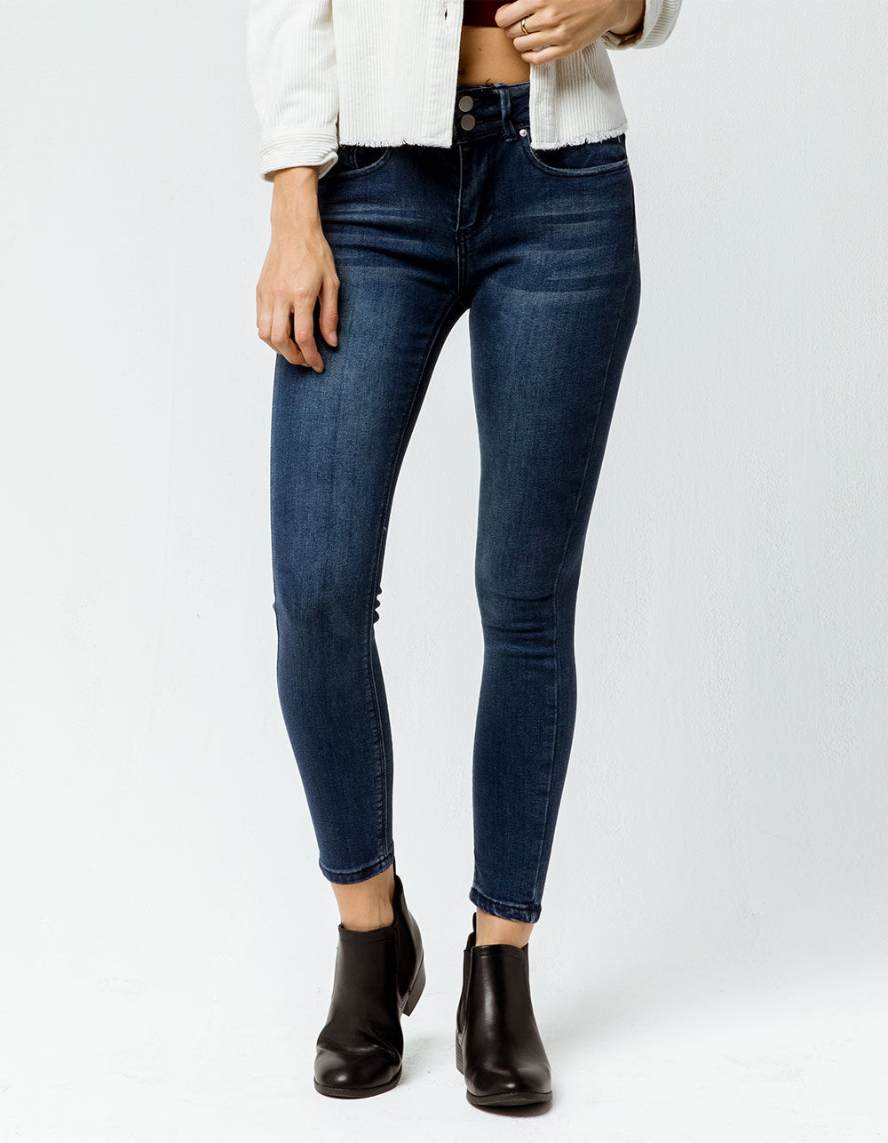 IVY & MAIN Dual Button Skinny Jeans