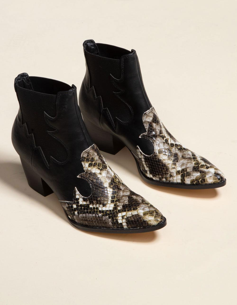 COCONUTS Western Toe Black Booties