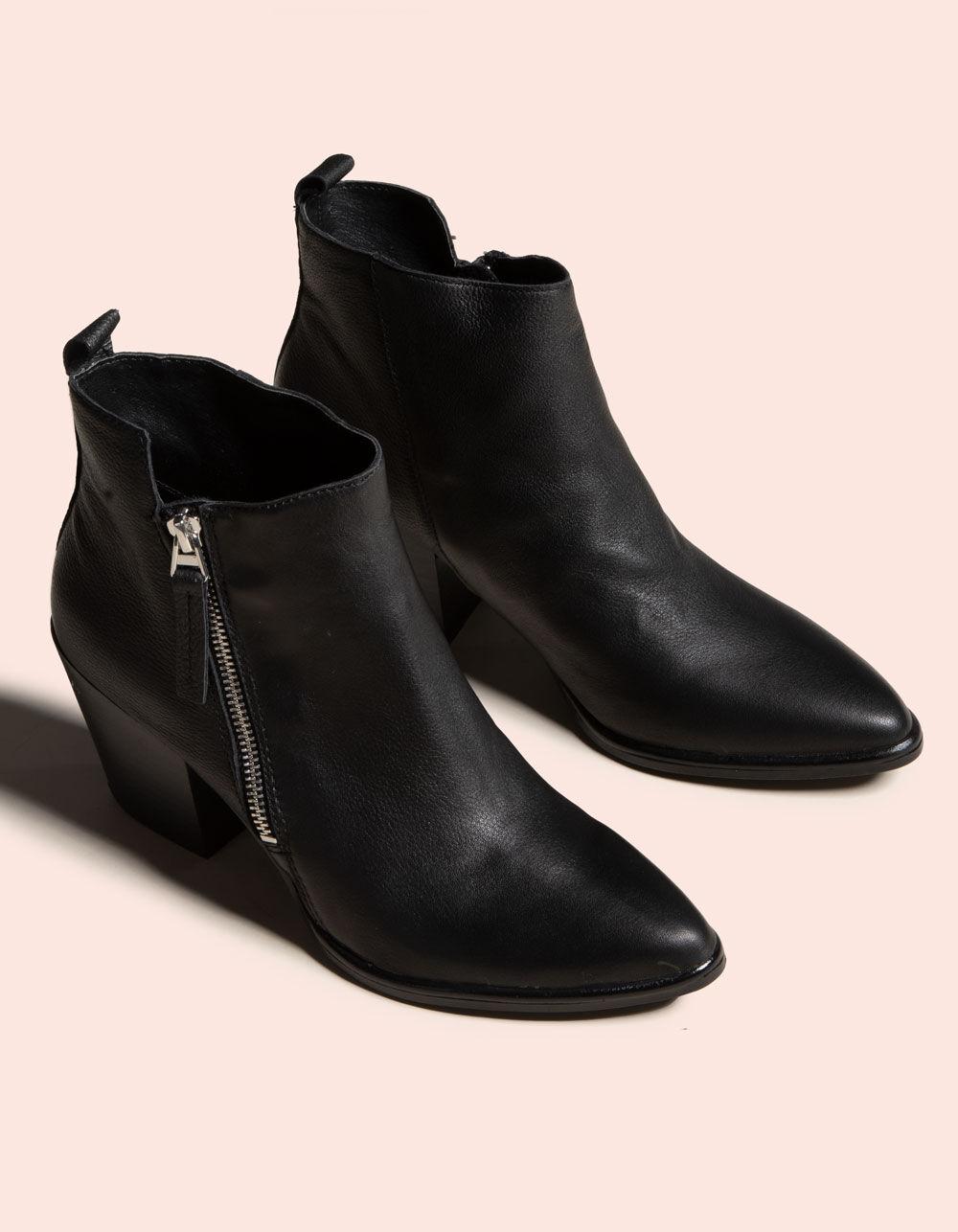 DOLCE VITA Rula Leather Black Booties