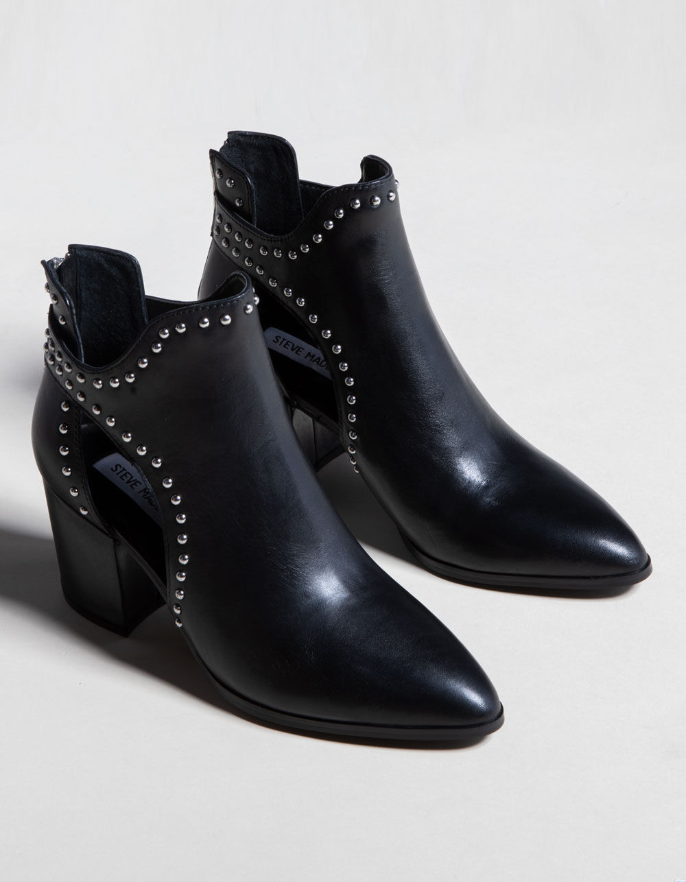 STEVE MADDEN Justice Booties