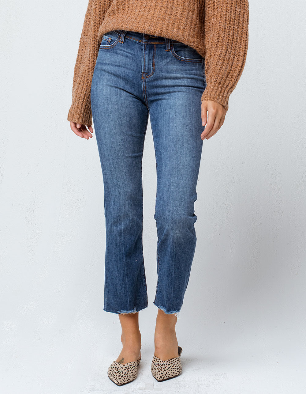 SKY AND SPARROW Fray Ankle Crop Flare Jeans