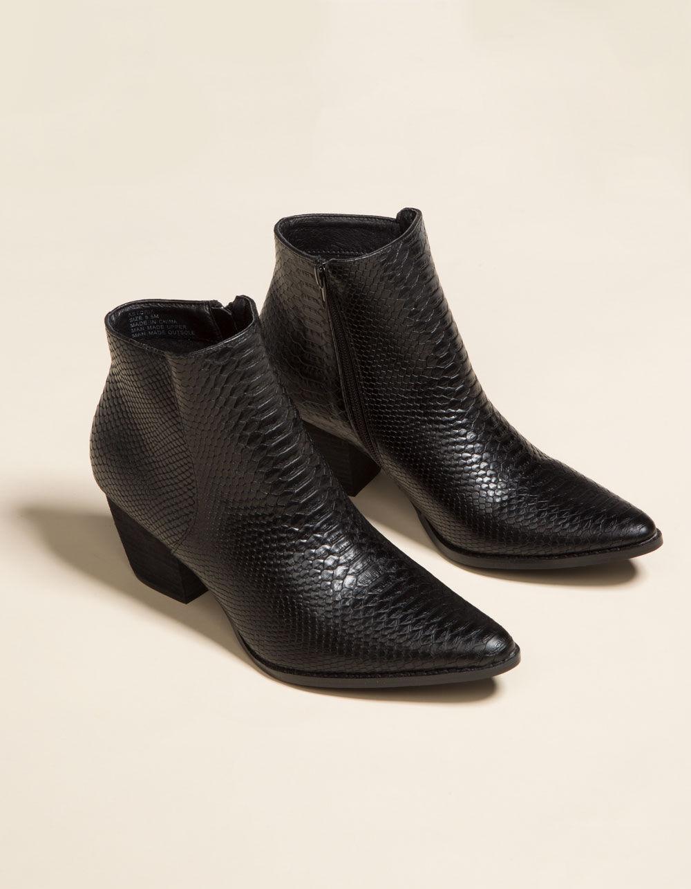COCONUTS Astoria Black Boots